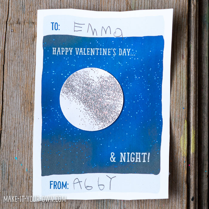 Moon/Space Valentine's Day Cards with make-it-your-own.com (Creative activities for kids!)