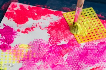 Mesh Painting with make-it-your-own.com (Creative activities for kids!)