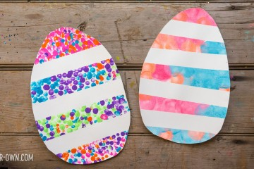 Tape Resist Eggs with make-it-your-own.com (Creative activities for kids!)