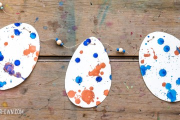 Drip Drop Speckled Eggs: Develop your find motor skills with this fun Easter-y project!