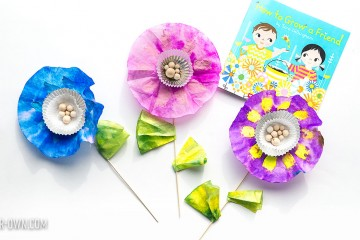 """Friendship Garden Kit: Make this inexpensive kit to accompany the book, """"How to Grow a Friend"""" by Sarah Gillingham!"""