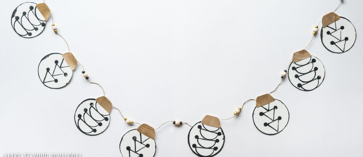 https://www.hellowonderful.co/post/KID-MADE-PRINTED-ORNAMENT-GARLAND