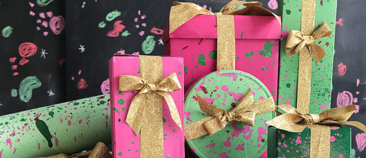 Splatter Painted Recycled Gift Boxes from Handy with Scissors