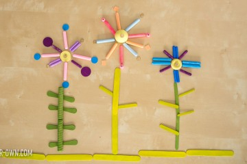 Design a Flower Garden with Loose Parts! Experiment with patterning and symmetry to create unique spring florals, perfect for Preschool and Kindergarten.