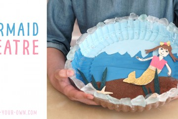 Make a RECYCLED MERMAID THEATRE: Use your beach treasures and a plastic lid to create this stick puppet theatre for imaginative play!