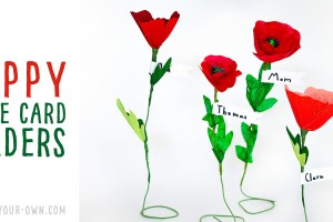 Make POPPY PLACE CARD HOLDERS out of either crepe paper, painted coffee filter or painted muffin tine liners. These would be lovely for Remembrance Day or Veterans Day.
