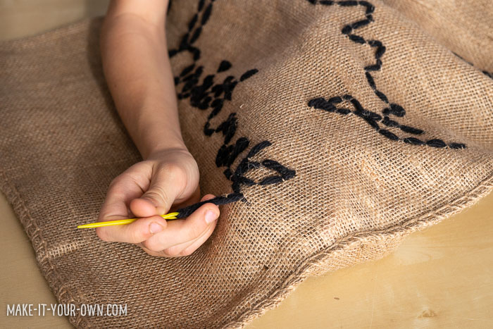 Cursive Writing Christmas Sack:  Using Rachelle Doorley's book Creative Adventures in Cursive, we created this personalized, re-useable Holiday present bag!