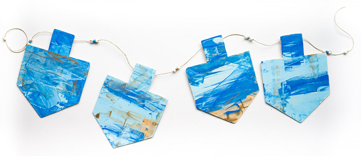 Process Art: Scrape Painted Dreidel Garland for Hanukkah! Free templates provided.