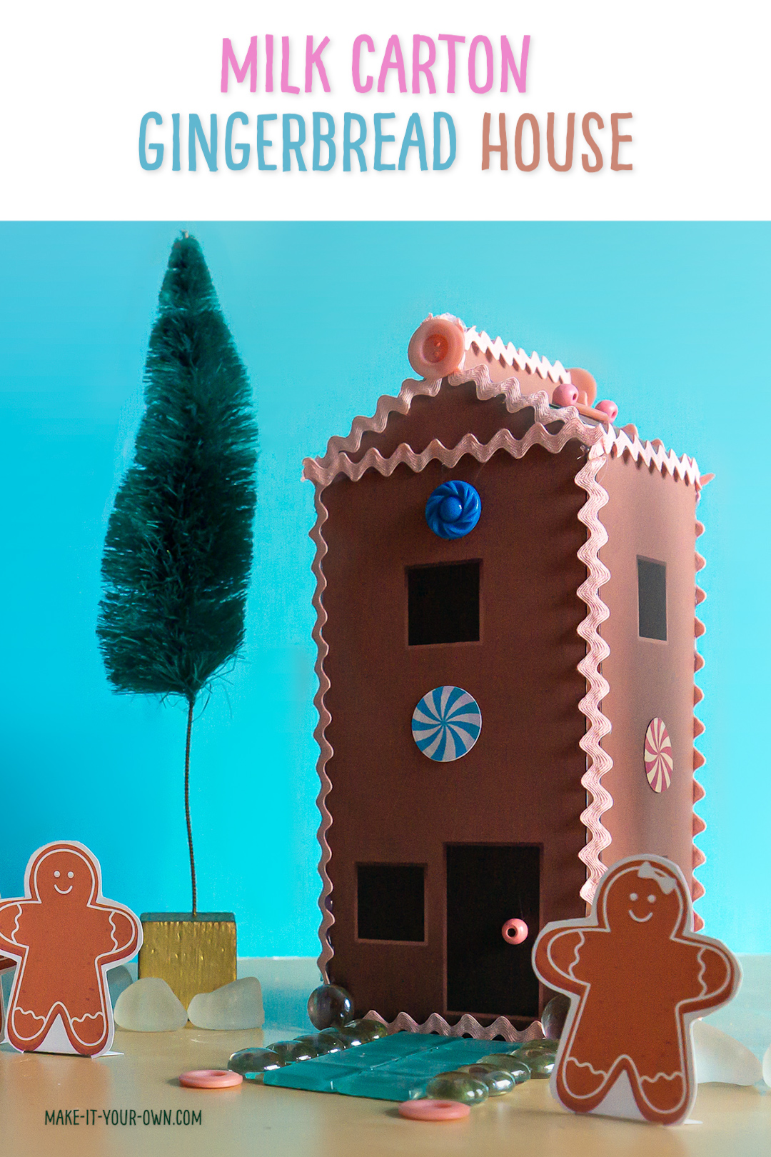 Use these printables to turn a juice or milk carton into a 3D gingerbread house!  Complete with printable gingerbread people, trees and paper candies to decorate!  This makes a great Christmas small world play scene for kids using recyclables!